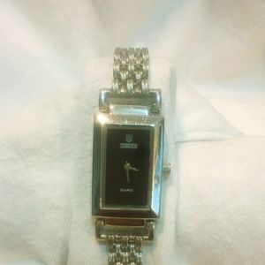 QBOZ ladies watch